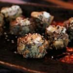 Gunka especial salmao empanado - prato dourado - esteira - NAKOMBI