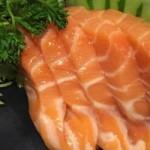 Sashimi de salmao - NAKOMBI