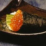Temaki Ikura (ovas de salmão) - NAKOMBI
