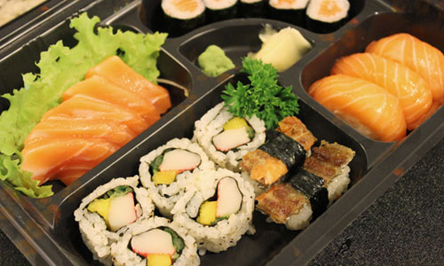 comida-japonesa-diversas-delivery-nakombi-restaurante